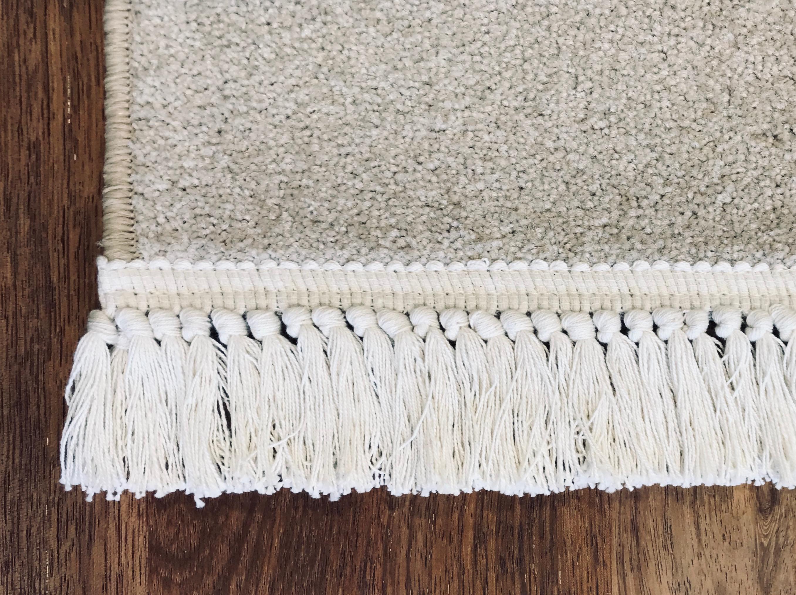 Defintive Edge Tassels Carpet